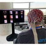 سامسونگ در حال ساخت نرم افزاری برای کنترل تلویزیون از طریق مغز