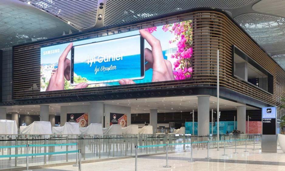 نصب بزرگترین ساینیج LED Indoor فرودگاهی دنیا توسط سامسونگ با قابلیت های متعدد