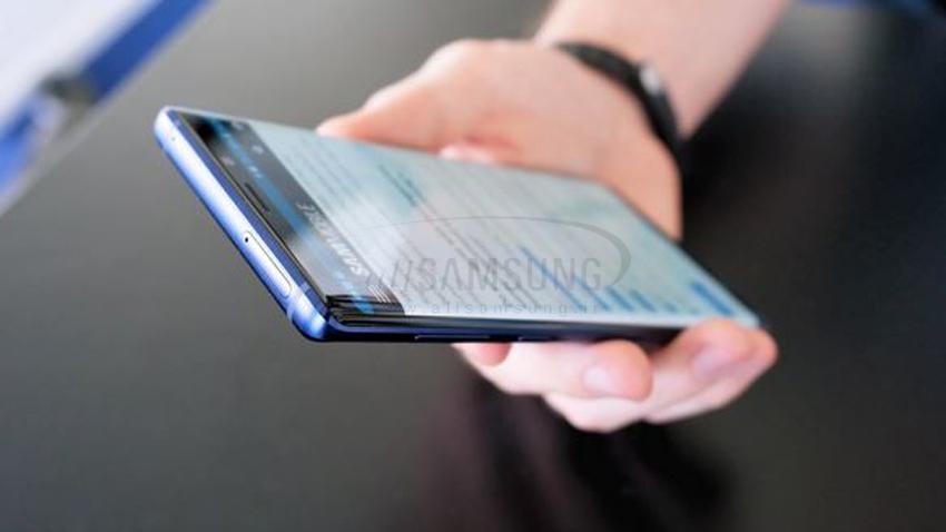 گوشی تاشوی سامسونگ و شگفتی های جدید آن برای دنیای موبایل